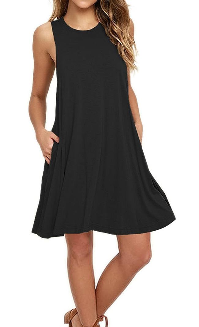 11 bộ váy đen tối giản cứ tưởng là nhàm chán, nhưng lại có thể giúp chị em quyến rũ hết phần thiên hạ - Ảnh 10