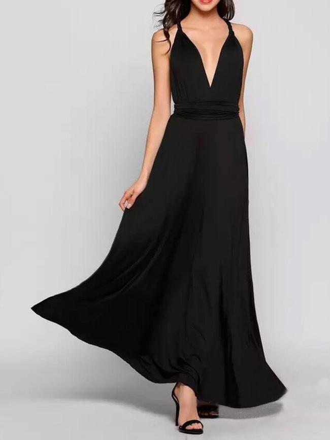 11 bộ váy đen tối giản cứ tưởng là nhàm chán, nhưng lại có thể giúp chị em quyến rũ hết phần thiên hạ - Ảnh 8