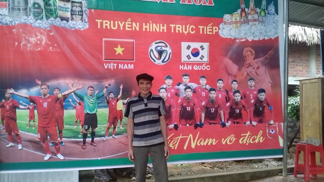 Bố mẹ thủ môn Tiến Dũng mổ nghé khao cả làng để cổ vũ U23 Việt Nam - Ảnh 5