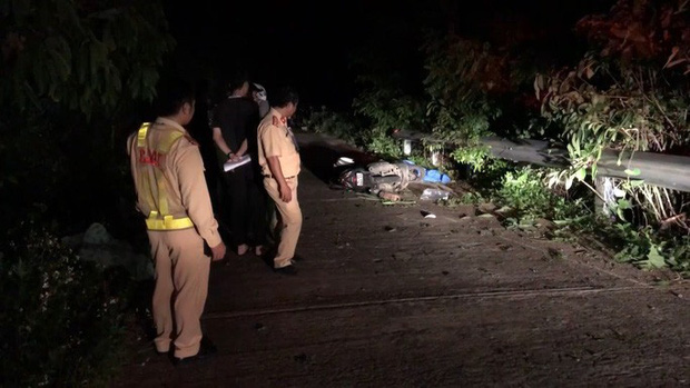 Một du khách bị tai nạn tử vong khi tham quan bán đảo Sơn Trà - Ảnh 1