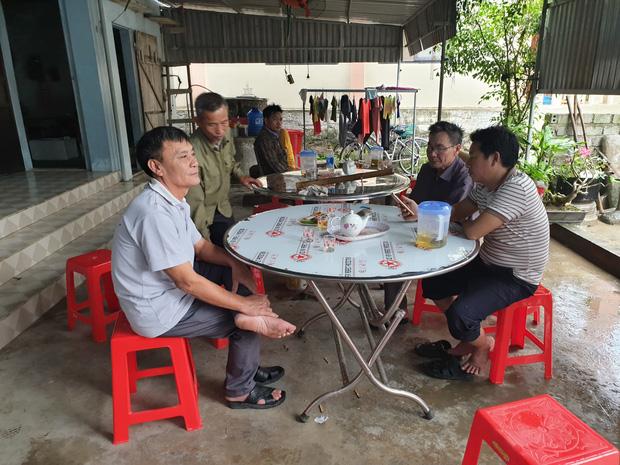 Vụ 39 thi thể trong container: Cảnh sát Anh gọi điện cho gia đình ở Nghệ An hỏi về nhận dạng, đề nghị chờ thông báo chính thức - Ảnh 1