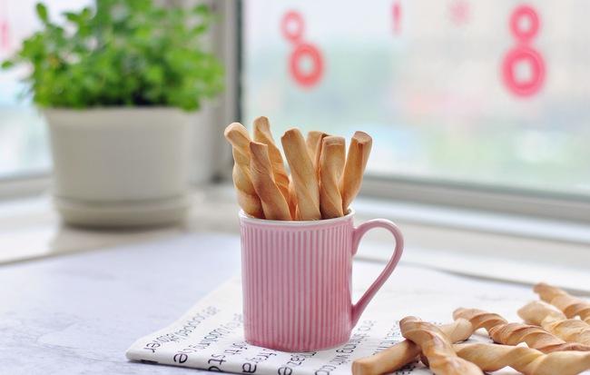 Trời lạnh ở nhà làm bánh quẩy nóng hổi thơm phức ăn thì còn gì bằng! - Ảnh 1