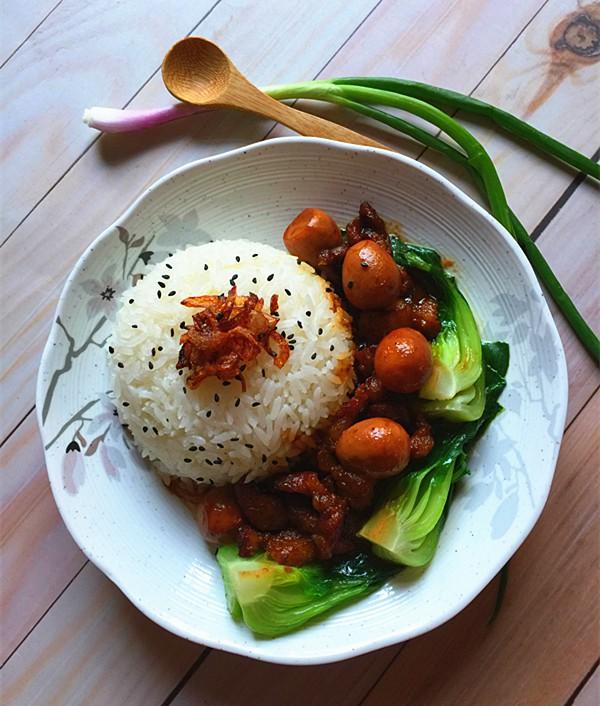 Bữa tối chỉ cần một đĩa cơm thịt kho thế này cũng đủ ngon ngất ngây - Ảnh 6