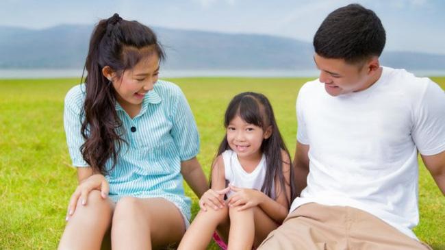 Trước 12 tuổi, cha mẹ nhất định phải nói với con 8 câu đáng giá này, trẻ sẽ sớm thành công và hạnh phúc - Ảnh 1