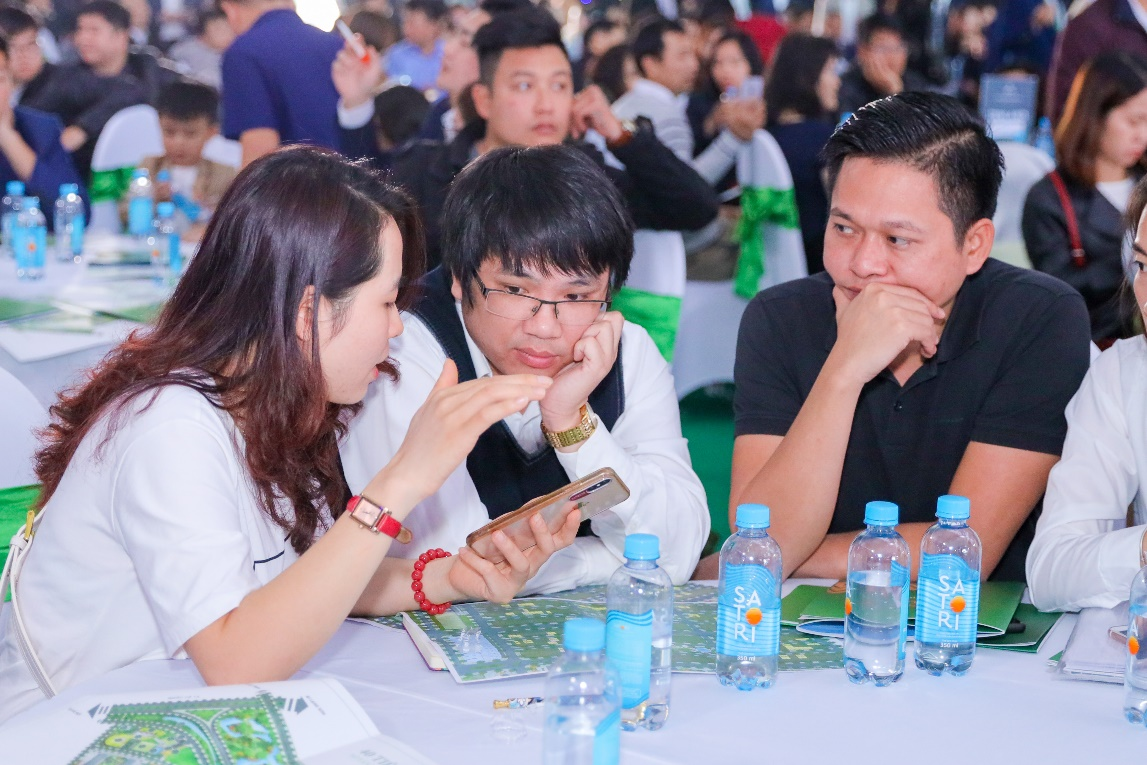 Cận Tết Nguyên đán, Him Lam Green Park vẫn thu hút khách hàng - Ảnh 2