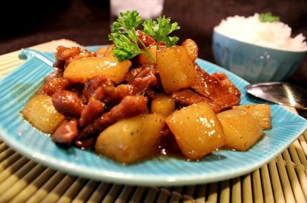 Lạ miệng với thịt kho củ cải ngọt thơm, đậm vị - Ảnh 1