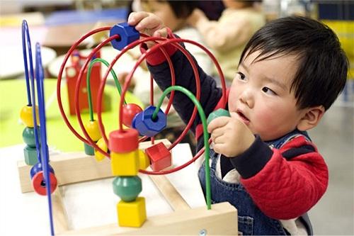 7 câu nói giúp trẻ tự lập theo phương pháp Montessori  - Ảnh 1