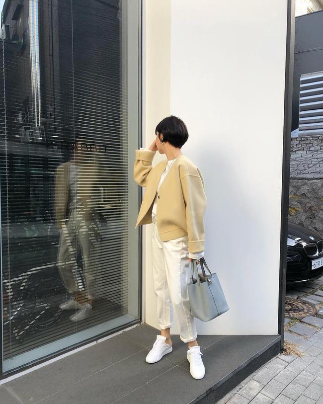 Dù bận rộn chuẩn bị Tết, nhưng street style của các quý cô Châu Á vẫn thời thượng và đẹp hết nấc - Ảnh 12