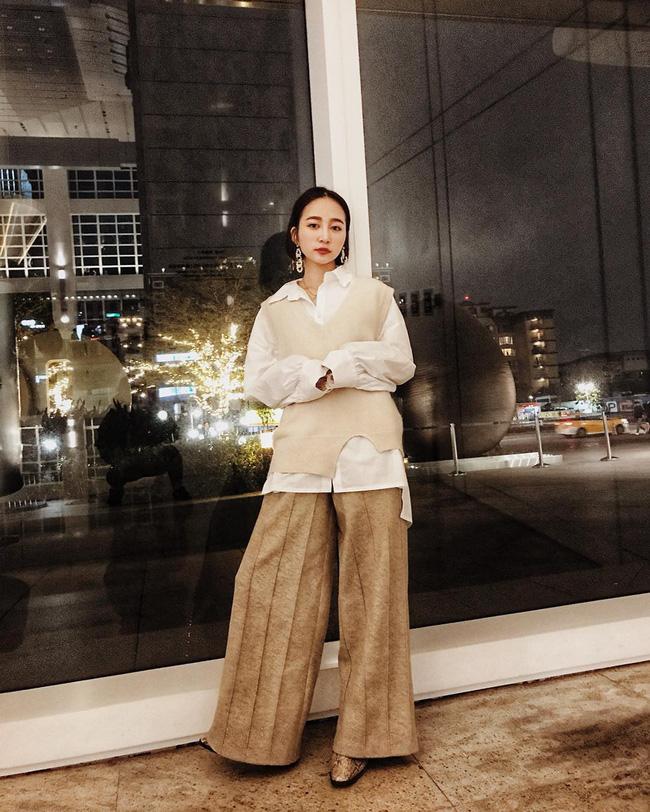 Dù bận rộn chuẩn bị Tết, nhưng street style của các quý cô Châu Á vẫn thời thượng và đẹp hết nấc - Ảnh 9
