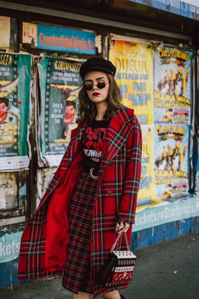 Gợi ý mặc đẹp với sắc đỏ cho mùa Tết Kỷ Hợi 2019 - Ảnh 1