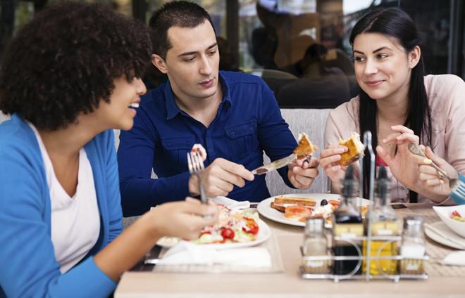 Không cần ăn kiêng kham khổ nữa, bạn vẫn có thể giảm cân chỉ bằng vài mẹo đơn giản - Ảnh 5