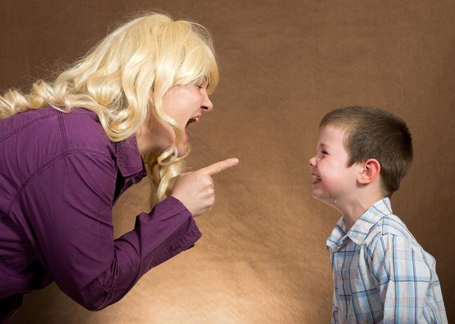 Lỡ mắng mỏ con quá nặng lời thì đây chính là điều cha mẹ nên làm để trẻ không bị tổn thương về sau - Ảnh 3
