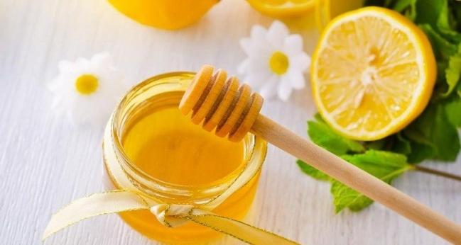 Công thức trị nám bằng mật ong đơn giản mà hiệu quả - Ảnh 1