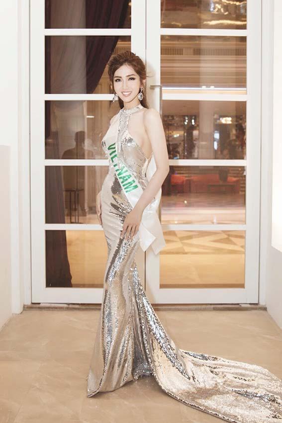Đỗ Nhật Hà khoe đường cong nữ thần tại Hoa hậu Chuyển giới quốc tế - Ảnh 2