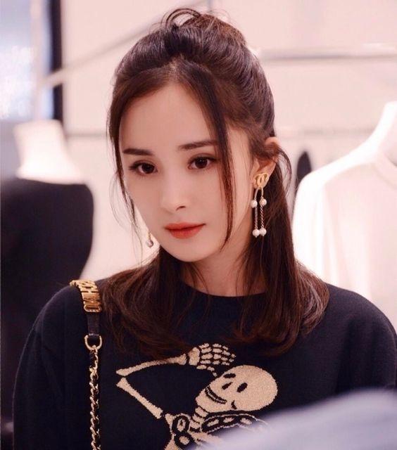 Dương Mịch đáp trả thâm cay bồ nhí của chồng cũ, fan khen: Chị đẹp nhưng chị không hiền - Ảnh 4