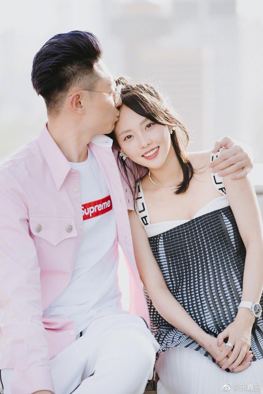 """Netizen xứ Trung choáng với nhan sắc đời thực của mỹ nhân """"Diên Hi Công Lược"""" - Trương Gia Nghê - Ảnh 15"""