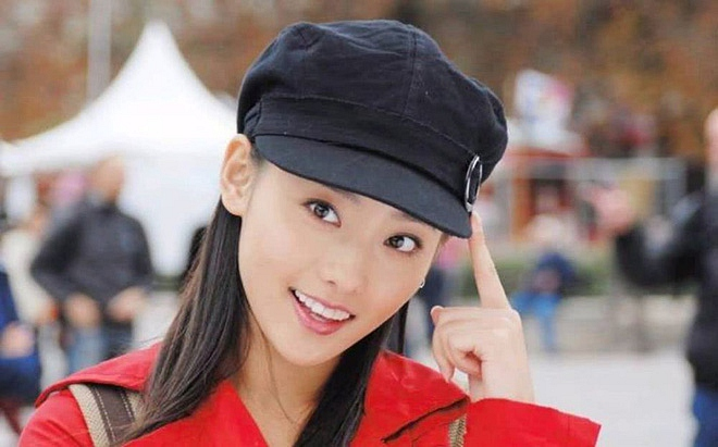 """Netizen xứ Trung choáng với nhan sắc đời thực của mỹ nhân """"Diên Hi Công Lược"""" - Trương Gia Nghê - Ảnh 14"""