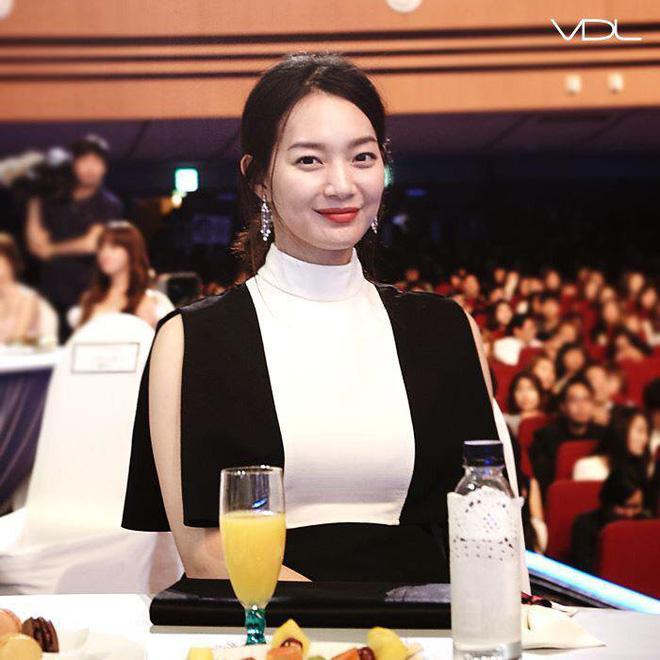 Sở hữu đôi chân dài cực phẩm nhưng hóa ra 'cáo chín đuôi' Shin Min Ah chỉ duy trì những bí quyết giữ dáng rất đơn giản - Ảnh 7