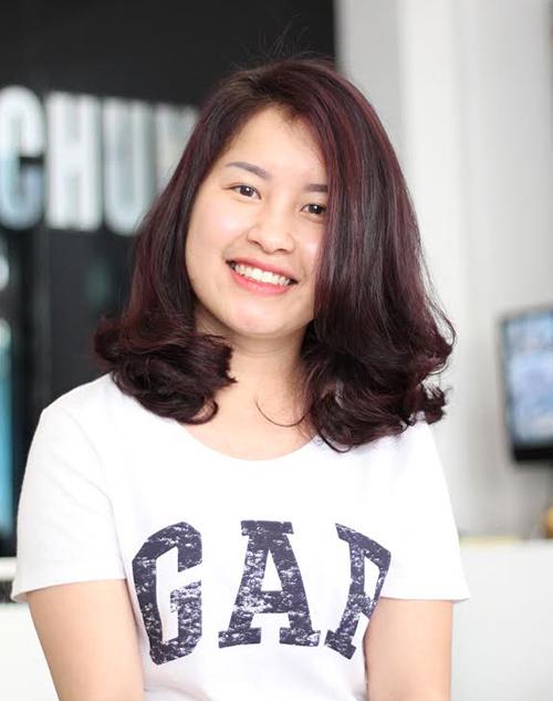 Muốn trẻ trung, tươi tắn hơn tuổi, phụ nữ U40 chỉ cần cắt 3 kiểu tóc uốn thời thượng này - Ảnh 1