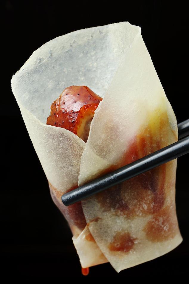 Cách ăn vịt quay Bắc Kinh chuẩn phong cách hoàng gia - Ảnh 11