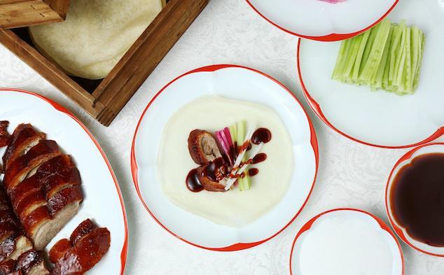Cách ăn vịt quay Bắc Kinh chuẩn phong cách hoàng gia - Ảnh 9