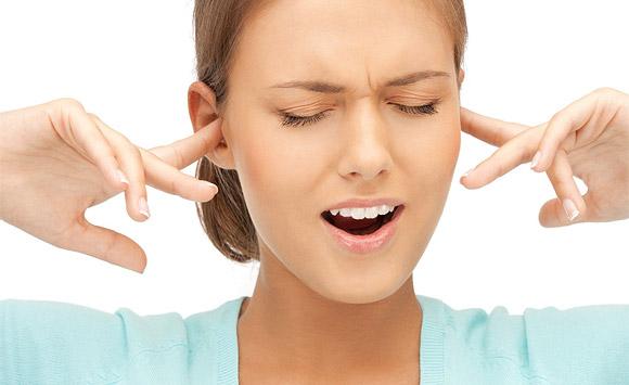 Nguyên nhân gây ra tiếng ve kêu trong tai