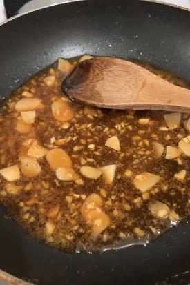Hóa ra món cá khô rang kiểu Hàn siêu ngon làm chỉ trong 5 phút thôi - bảo sao các mẹ thích đến thế! - Ảnh 3