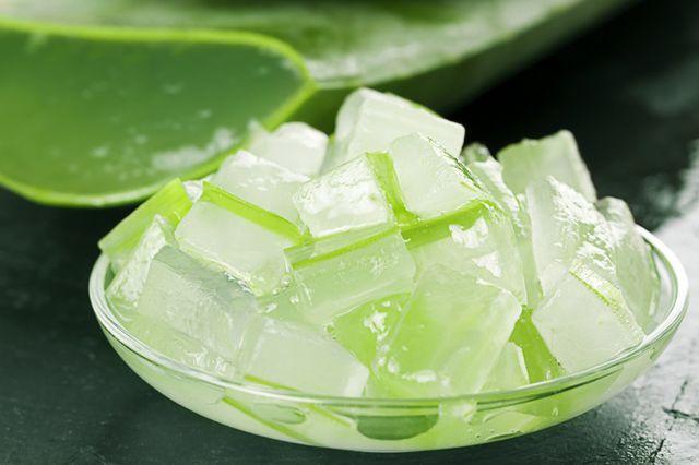 Chỉ cần 1 cốc nước nha đam thơm ngon hàng ngày mà da bạn sẽ đẹp mịn màng lên trông thấy - Ảnh 1
