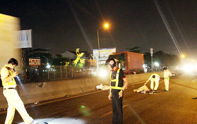 Hai thanh niên tử vong trong đêm sau tiếng động mạnh - Ảnh 1
