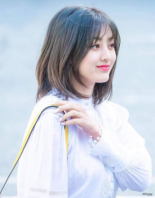 Những kiểu tóc ngắn đẹp của sao Hàn đáng thử hè này - Ảnh 8
