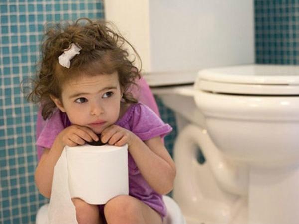 5 bệnh nguy hiểm ở trẻ nhỏ mùa nắng: Có dấu hiệu này cần đưa trẻ đi viện ngay! - Ảnh 2