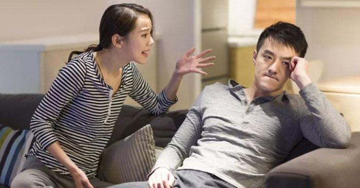Cuộc sống lứa đôi ngột ngạt vì chồng không bao giờ chia sẻ - Ảnh 1