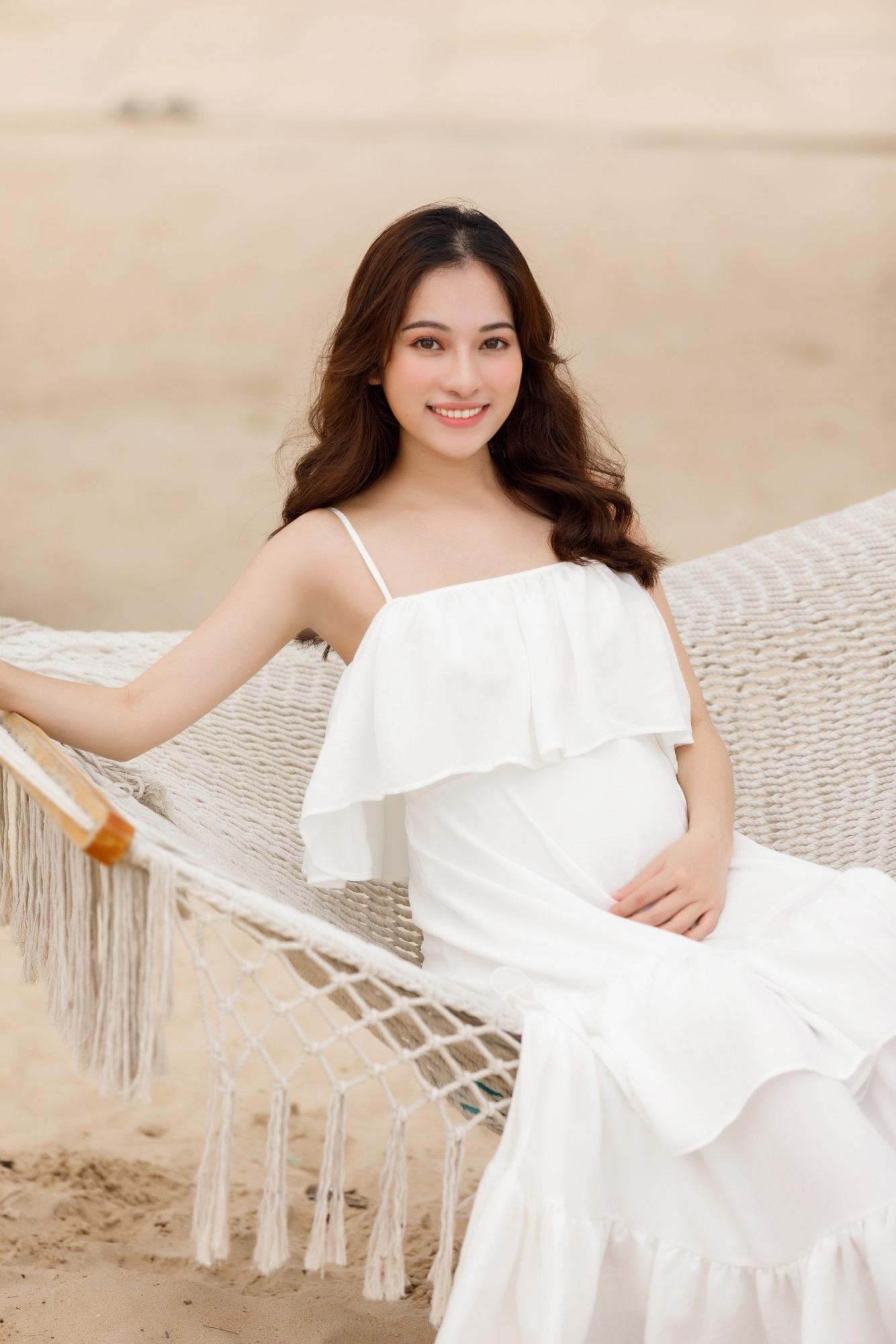 Sara Lưu khoe cận cảnh bụng bầu mang song thai, tiết lộ lý do giữ kín tin vui suốt 4 tháng - Ảnh 3