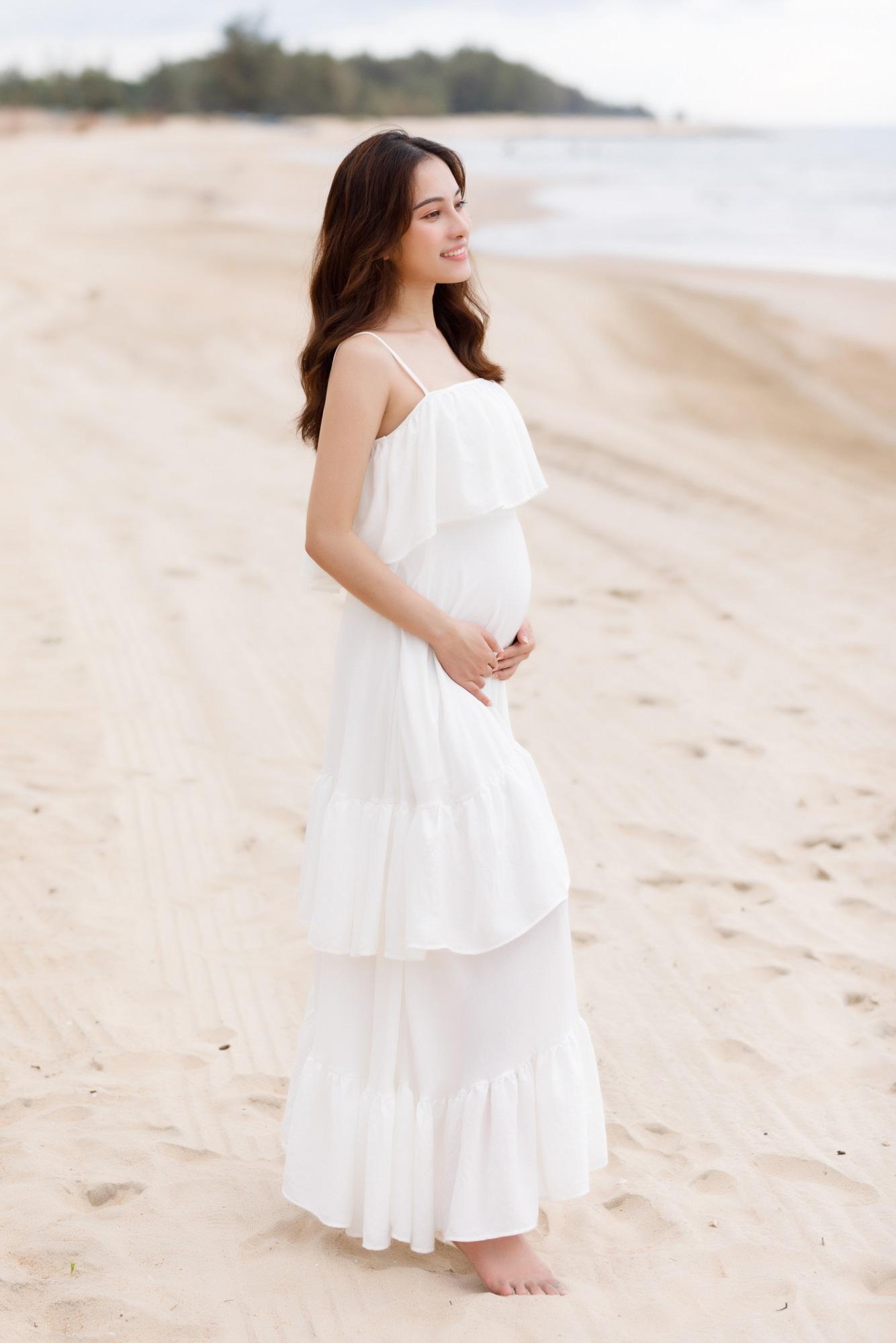 Sara Lưu khoe cận cảnh bụng bầu mang song thai, tiết lộ lý do giữ kín tin vui suốt 4 tháng - Ảnh 4