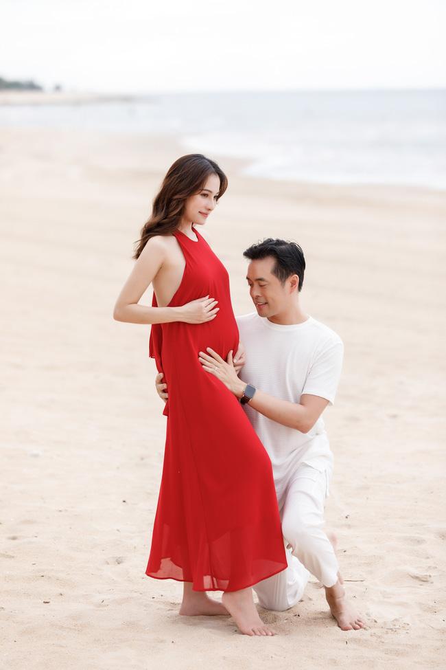 Sara Lưu khoe cận cảnh bụng bầu mang song thai, tiết lộ lý do giữ kín tin vui suốt 4 tháng - Ảnh 6