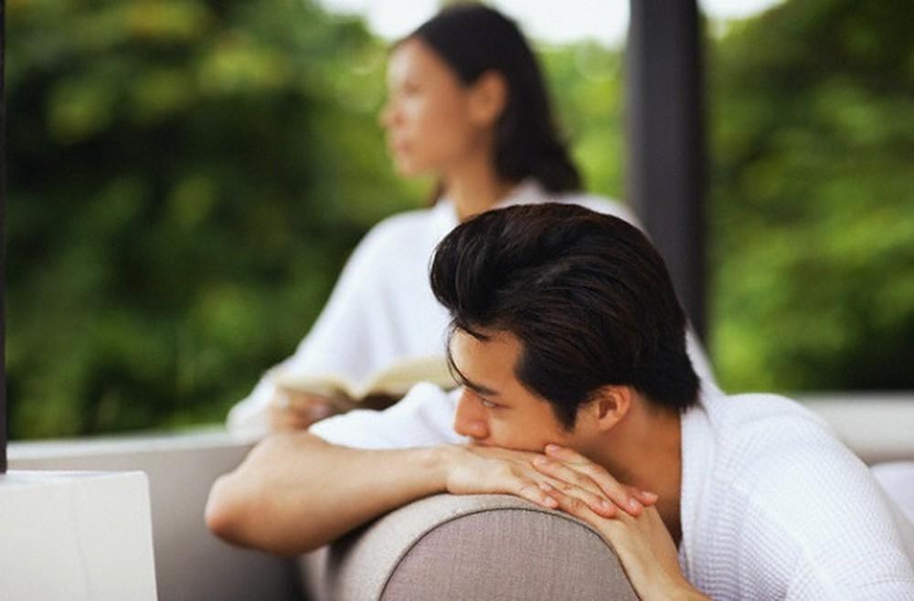 Tôi mất niềm tin khi biết chồng có 'quỹ đen' cho em chồng - Ảnh 1