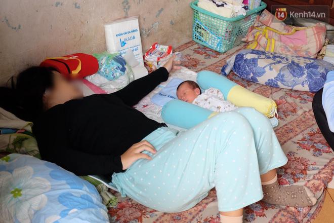 Hoàn cảnh neo đơn của người cha nghèo chạy xe ôm nuôi con gái chỉ mới 14 tuổi đã sinh con ngoài ý muốn ở Sài Gòn - Ảnh 4