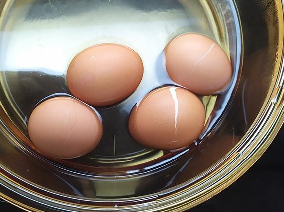 4 sai lầm điển hình khi luộc trứng mà nếu không thay đổi ngay thì chẳng khác nào ăn cũng như không - Ảnh 1