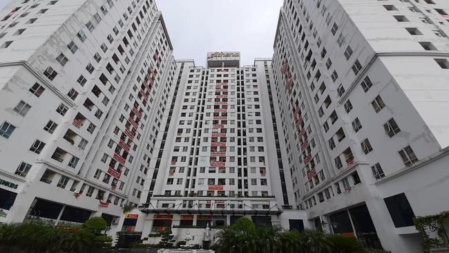 Hà Nội: Thang máy chung cư rơi tự do khiến hàng trăm cư dân 'rụng tim' - Ảnh 2