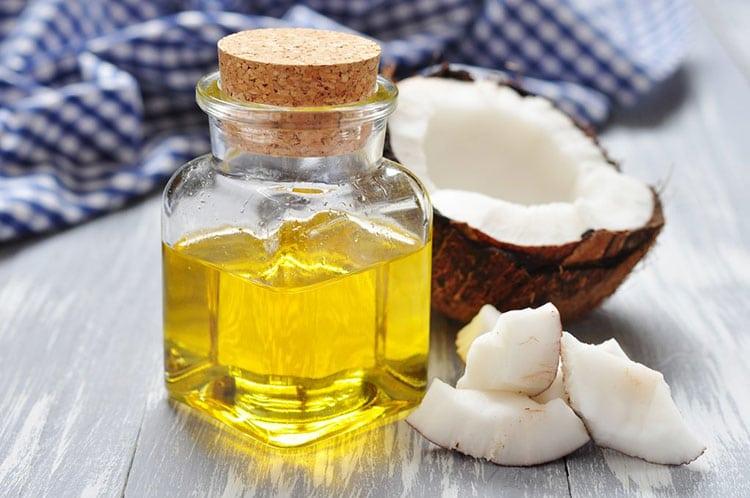 Kem dưỡng toàn thân bằng vitamin E và dầu dừa: Muốn sở hữu làn da hoàn hảo mà không cần tốn tiền phải học ngay - Ảnh 1