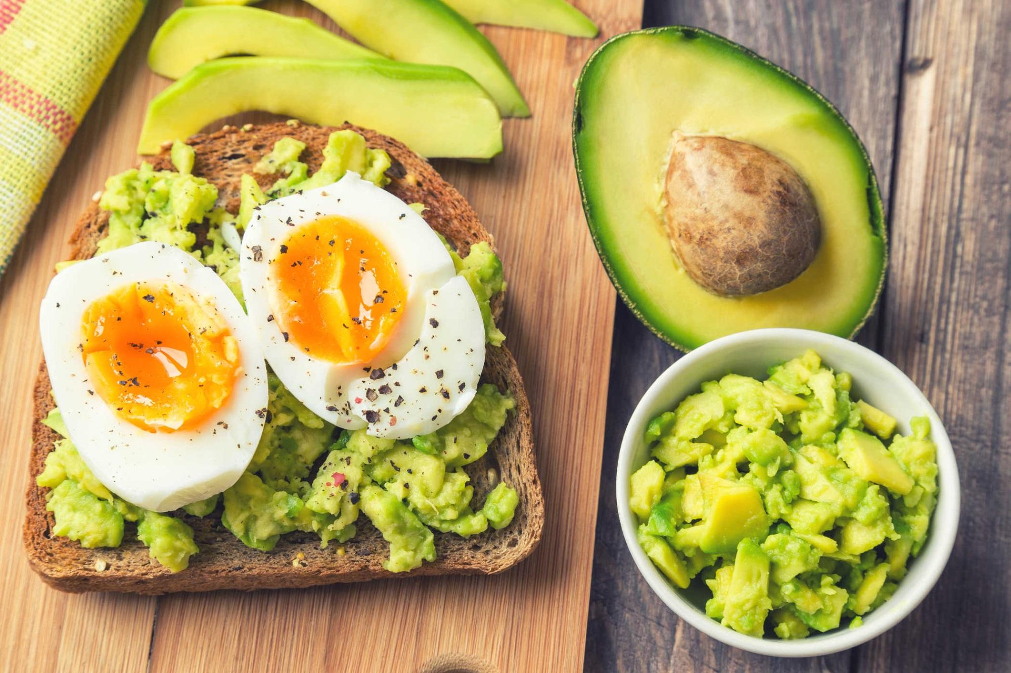 Nếu đói lúc nửa đêm vì đang ăn kiêng giảm cân, hãy bổ sung 6 thực phẩm lành mạnh này để xoa dịu dạ dày mà không lo mập - Ảnh 6