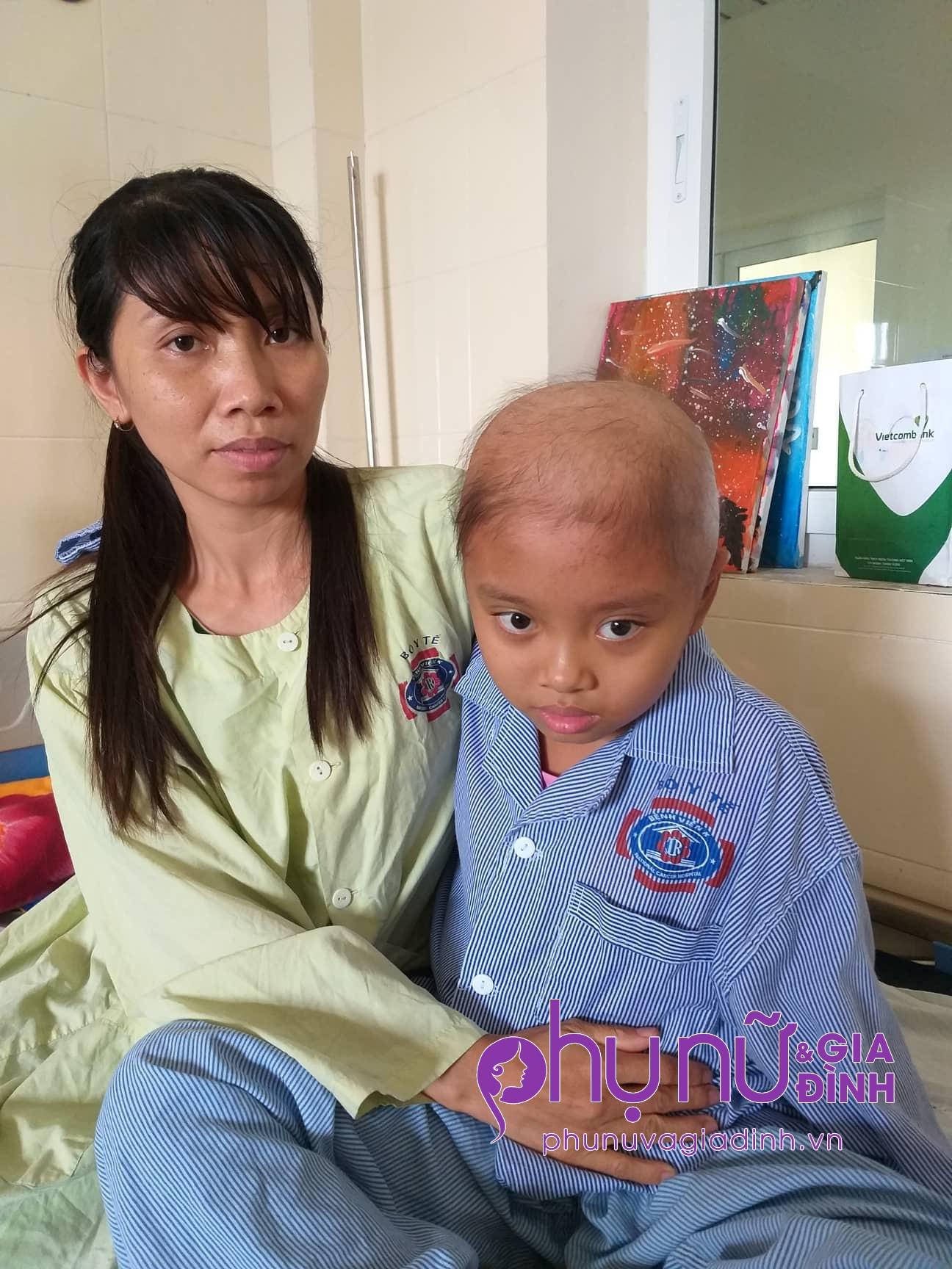 Ngậm ngùi câu nói của bé gái 10 tuổi bị liệt nửa người sau phẫu thuật u não: 'Con còn cơ hội trở về nữa không?' - Ảnh 3