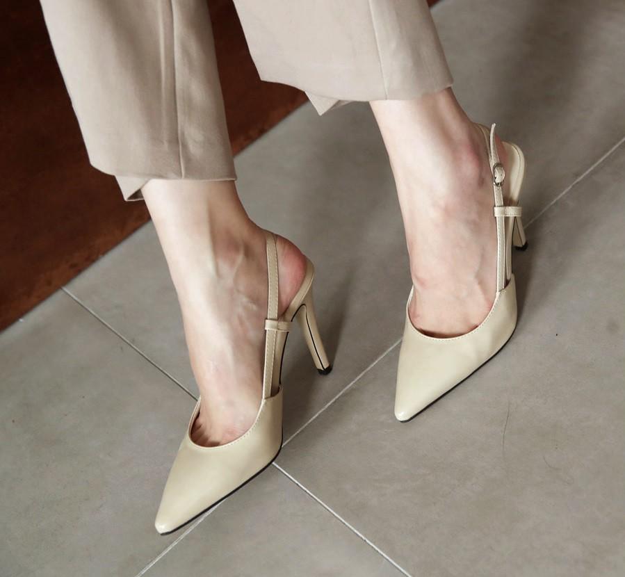 """5 tuyệt kỹ giúp các nàng bước đi """"thần sầu"""" trên giày cao gót và đi cả ngày cũng không hề mỏi chân - Ảnh 6"""