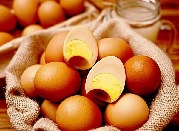 Ai cũng sợ ăn trứng gà làm tăng cholesterol nhưng mỗi ngày ăn một quả trứng gà sẽ nhận được lợi ích ai cũng muốn như sau - Ảnh 5
