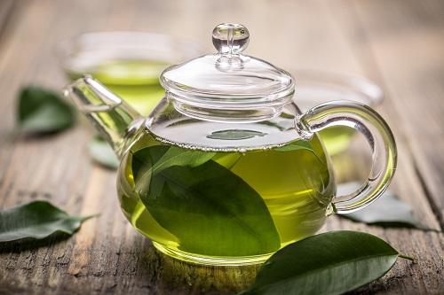 3 thời điểm uống nước trà xanh tốt nhất để giảm cân, ngăn ngừa lão hóa giúp phụ nữ đẹp bất chấp tuổi tác - Ảnh 2