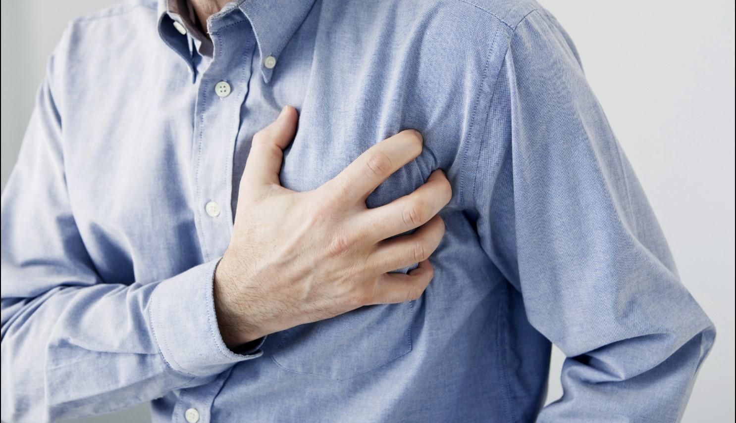 Đừng chủ quan nếu bạn thường xuyên bị ợ nóng bởi nó có thể ngầm báo một số vấn đề sức khỏe - Ảnh 2