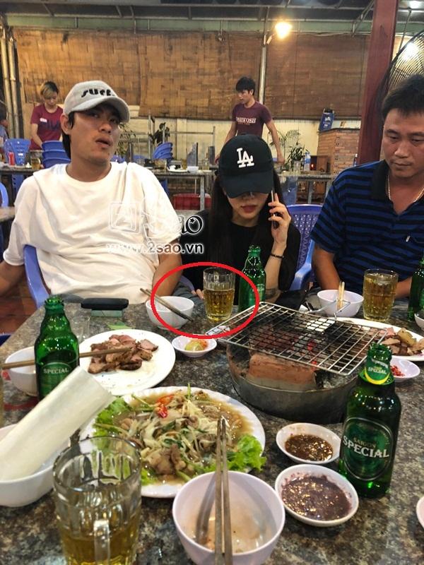 SHOCK: Lộ bằng chứng An Nguy theo chân Kiều Minh Tuấn về quê nghỉ lễ, mặc kệ Cát Phượng ở lại Sài Gòn - Ảnh 8