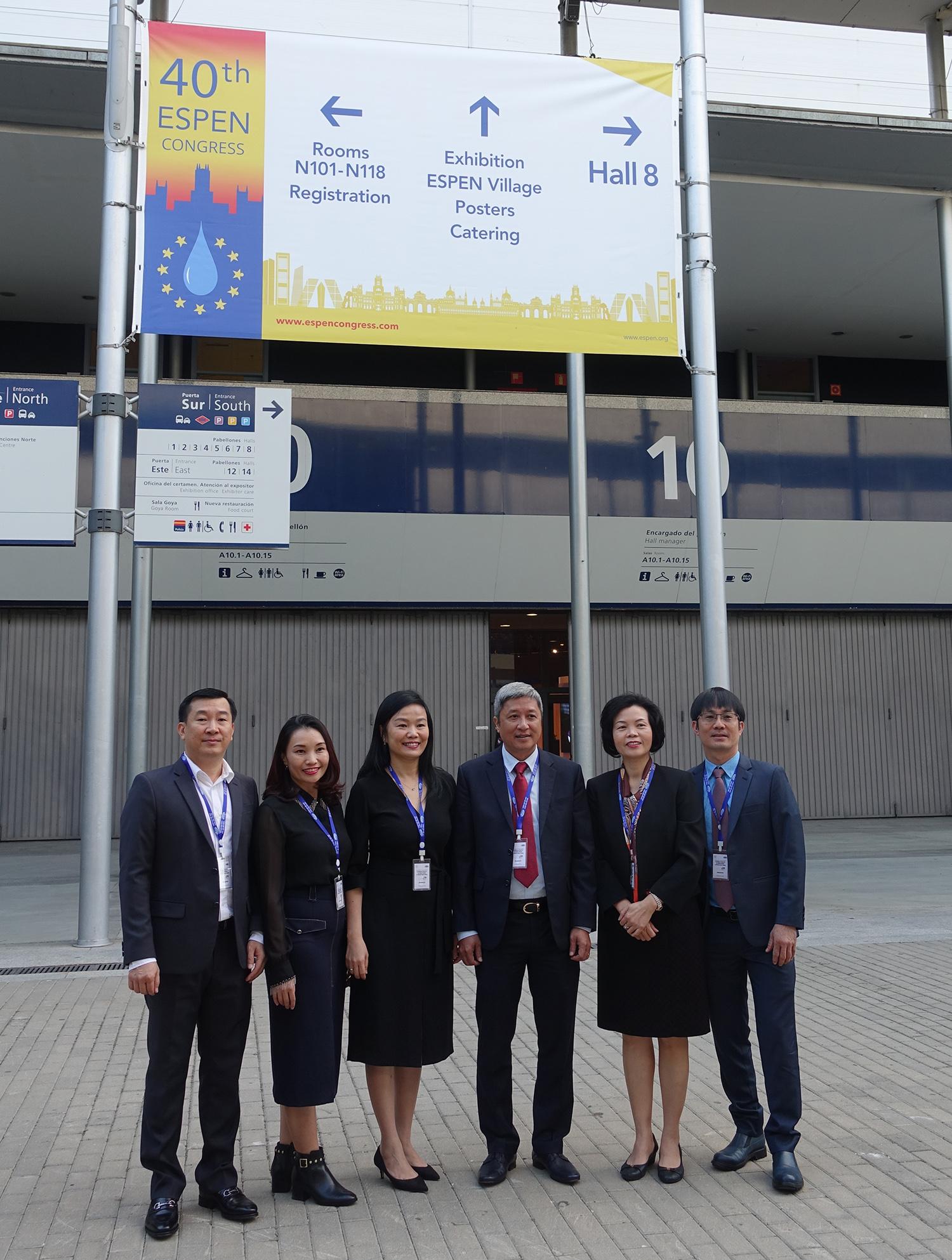Vinamilk - Bệnh Viện Chợ Rẫy ký kết hợp tác chiến lược nâng tầm quốc tế - Ảnh 5