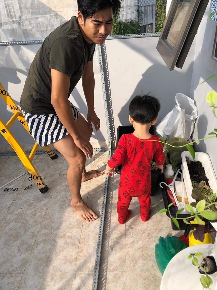'Tan chảy' với loạt ảnh con trai Ngọc Lan bám ba 'quằn quại' như keo - Ảnh 6