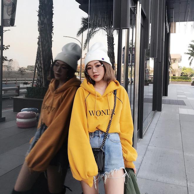 Kiểu áo 'hot hit' nhất toàn cầu năm 2018 chẳng phải thứ gì xa lạ mà đã được giới trẻ Việt diện chán chê từ lâu - Ảnh 1